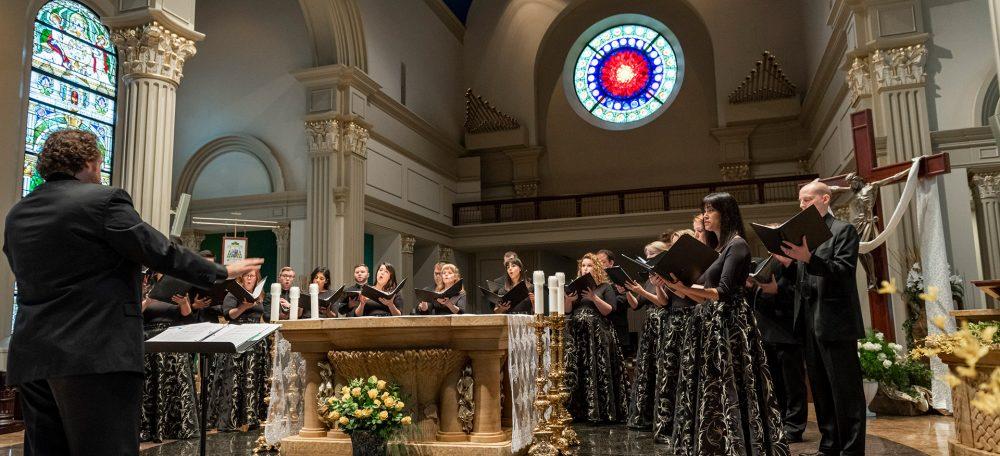 Te Deum Chamber Choir singing